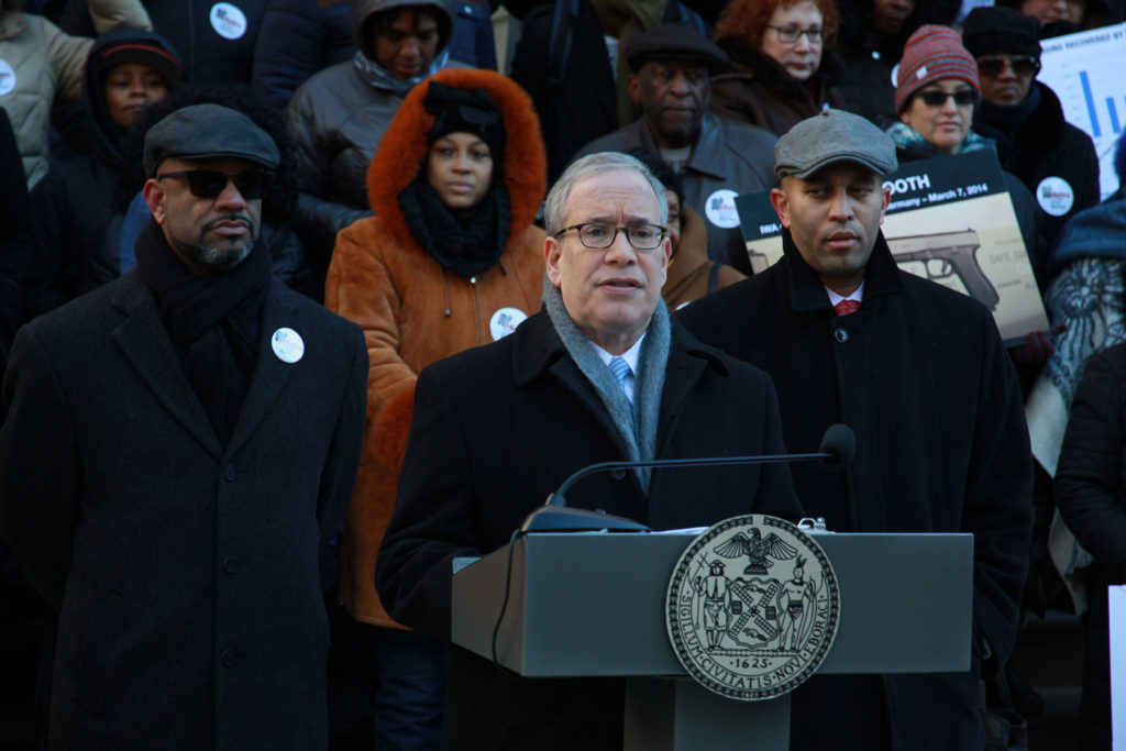 NYC Comptroller Scott M. Stringer, joined by Congressman Hakeem Jeffries and the Metro Industrial Areas Foundation (IAF) held a press conference Monday calling on the city to use smart guns with its law enforcement. Photo: Office of Comptroller Scott M. Stringer